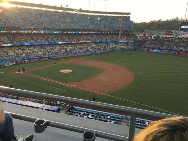 Dodger Stadium, section: 28RS, row: B, seat: 20