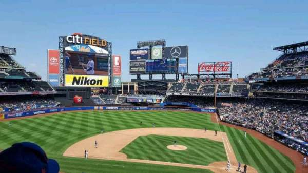 Citi Field, section: 324, row: 5, seat: 7