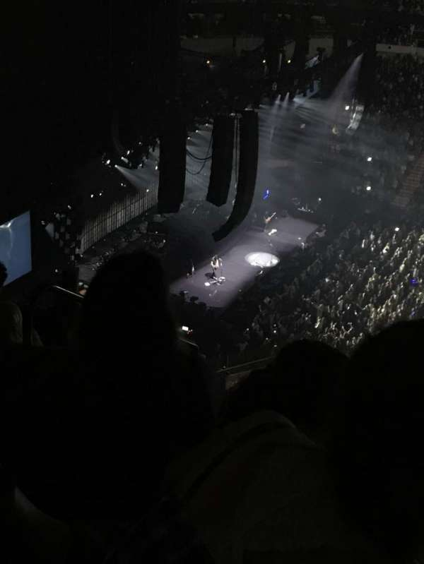 American Airlines Center, section: 322, row: Y, seat: 19