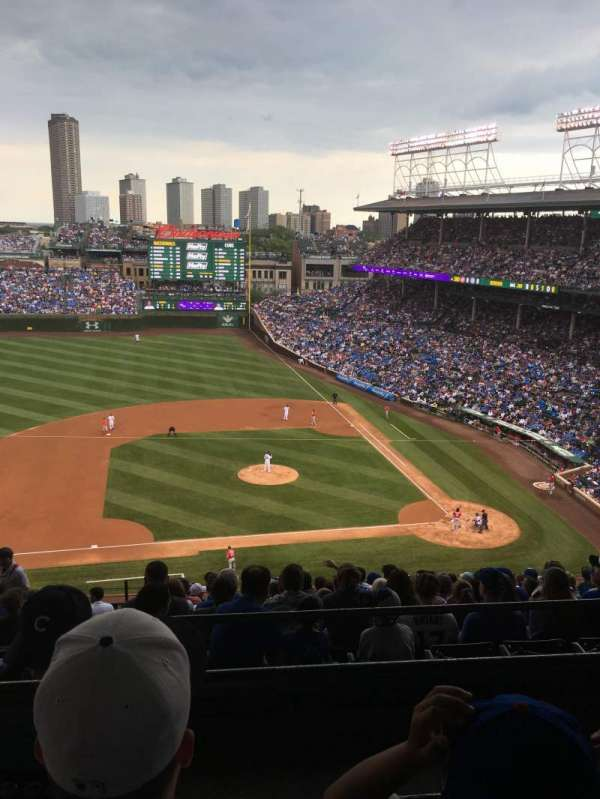 Wrigley Field, section: 412L, row: 2, seat: 6