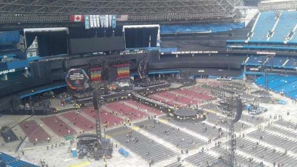 Rogers Centre, section: 530R, row: 20, seat: 1
