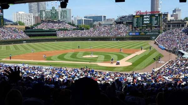 Wrigley Field, section: 215, row: 16, seat: 19