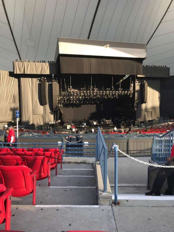 Shoreline Amphitheatre, section: 203, row: G, seat: 1