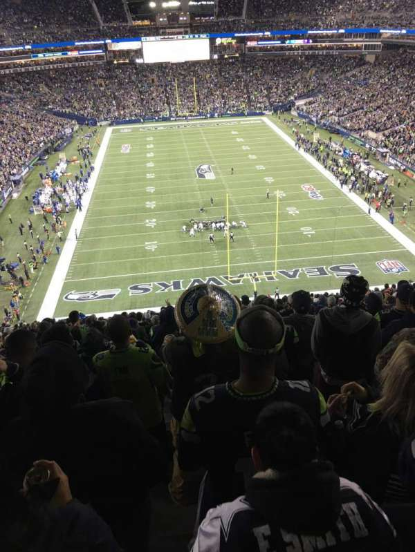 CenturyLink Field, section: 149, row: RR, seat: 20