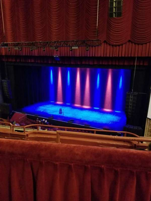 Chicago Theatre, section: BALCONY2R, row: A