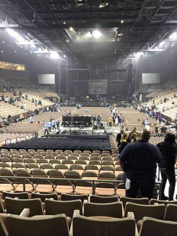 Michelob Ultra Arena, section: 113, row: Q, seat: 14