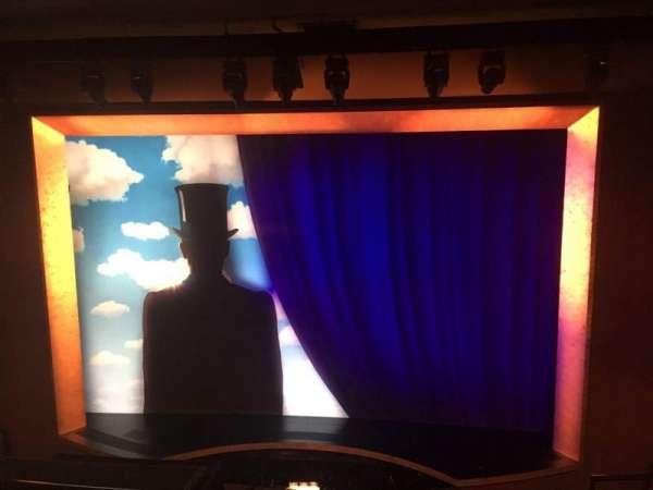 Lunt-Fontanne Theatre, section: Front Mezzanine C, row: D, seat: 114