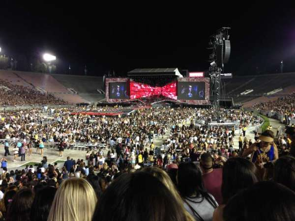Rose Bowl, section: 13-H, row: 21, seat: 118-119