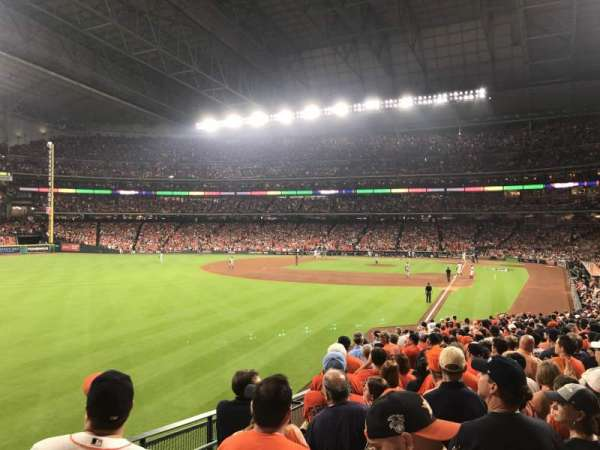 Minute Maid Park, section: 105, row: 30, seat: 1