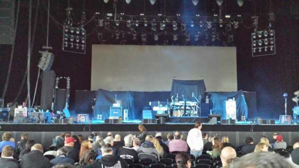 Hollywood Casino Amphitheatre (Tinley Park), section: 103, row: N, seat: 26