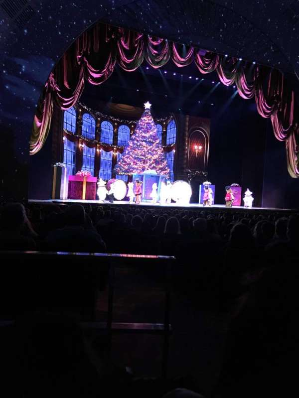 Radio City Music Hall, section: Orchestra 6, row: XX, seat: 602