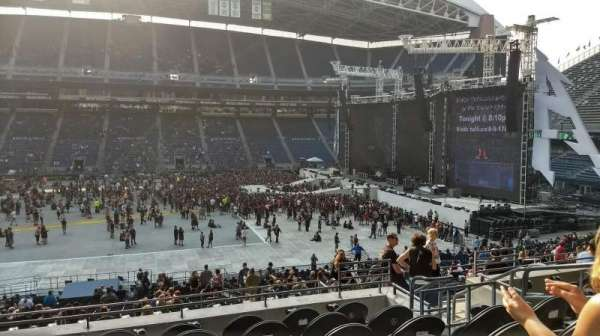 CenturyLink Field, section: 209, row: G