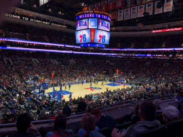 Wells Fargo Center, section: CLUB Box 10, row: 4, seat: 17