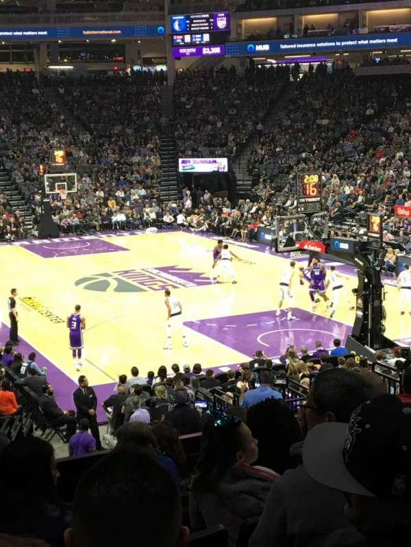 Golden 1 Center, section: 115, row: M, seat: 11