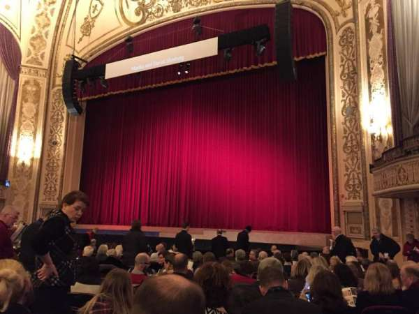 Orpheum Theatre (Omaha), section: Orchestra, row: R, seat: 18