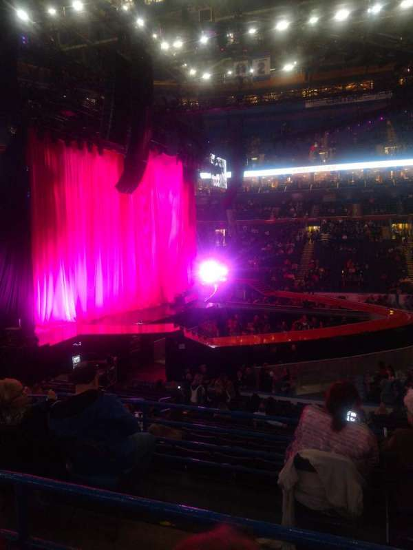 Enterprise Center, section: 117, row: U, seat: 7