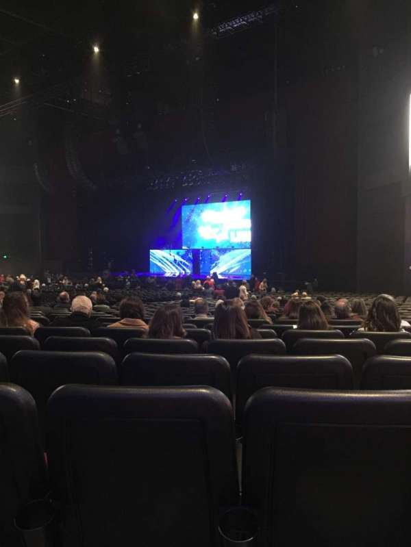 Microsoft Theater, section: Orchestra Right, row: KK, seat: 111