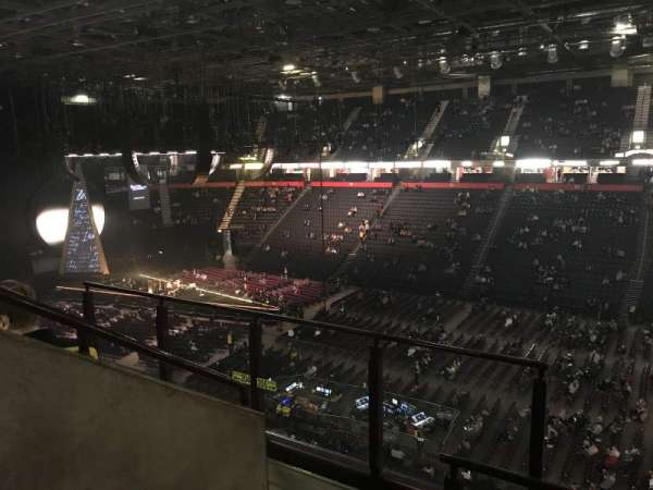 AO Arena, section: 205, row: D, seat: 1