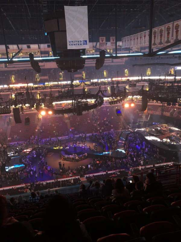 United Center, section: 301, row: 15, seat: 9