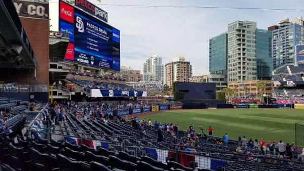 PETCO Park, section: FR118, row: 31, seat: 1