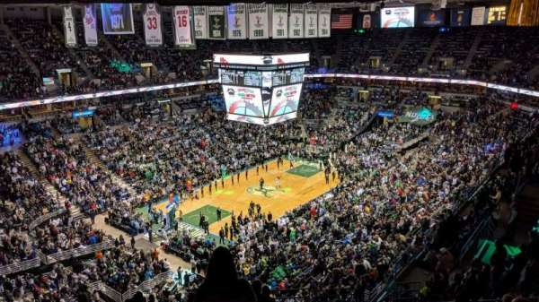 BMO Harris Bradley Center, section: 406, row: S, seat: 3