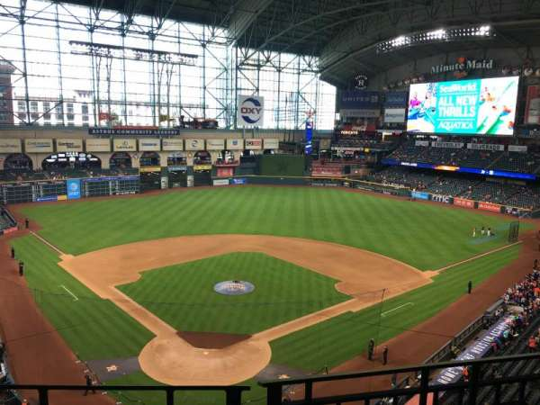Minute Maid Park, section: 320, row: 2, seat: 10