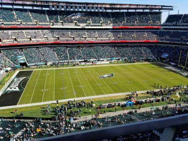 Lincoln Financial Field, section: 242, row: 1, seat: 28