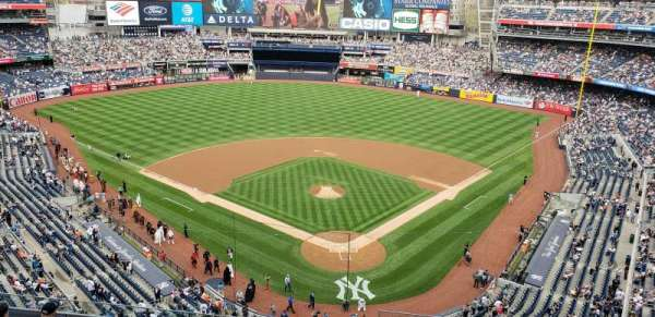Yankee Stadium, section: 320c, row: W, seat: 1