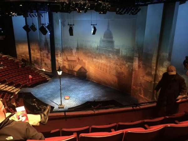 Vivian Beaumont Theater, section: Loge L, row: D, seat: 107