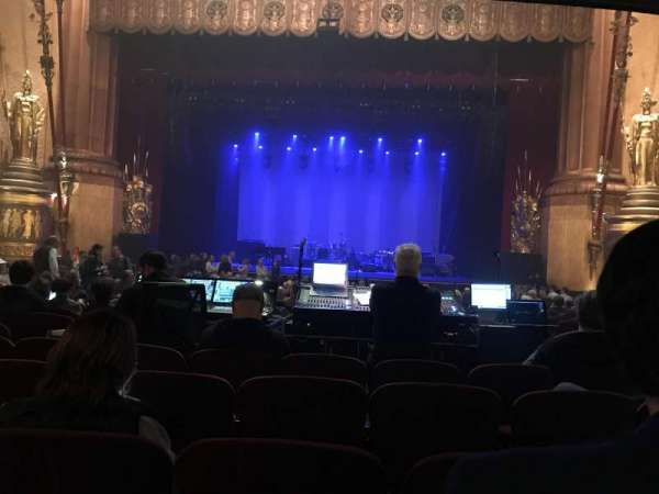 Beacon Theatre, section: Orchestra C, row: T, seat: 112