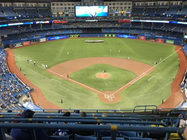 Rogers Centre, section: 524BL, row: 9, seat: 103