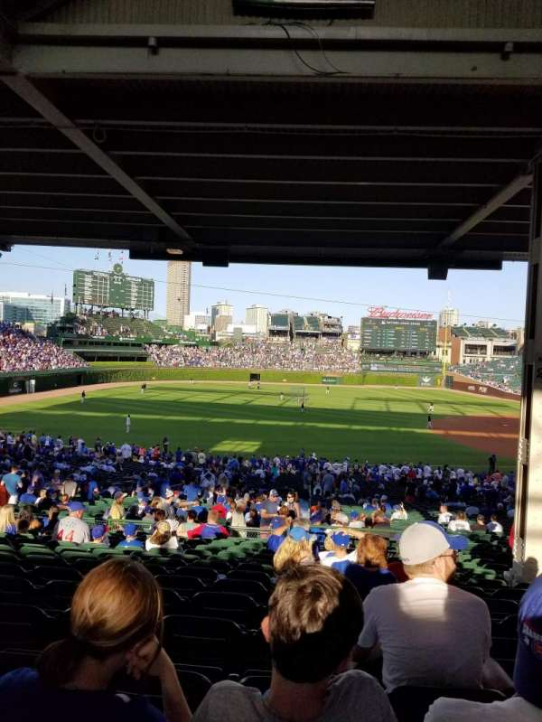 Wrigley Field, section: 207, row: 15, seat: 16