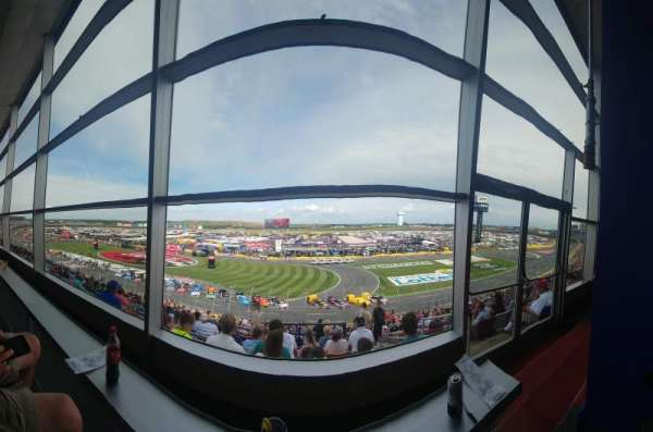 Charlotte Motor Speedway, section: Clubhouse B, row: 41, seat: 3