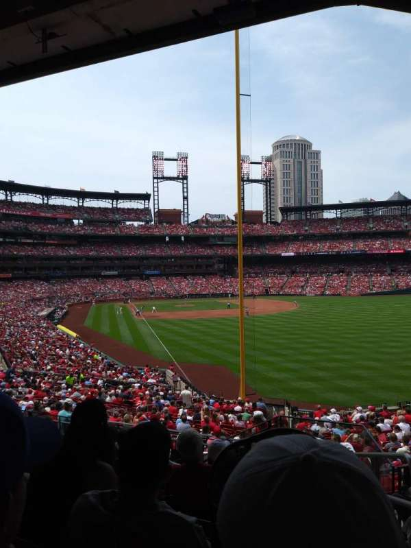 Busch Stadium, section: 130, row: 26, seat: 23