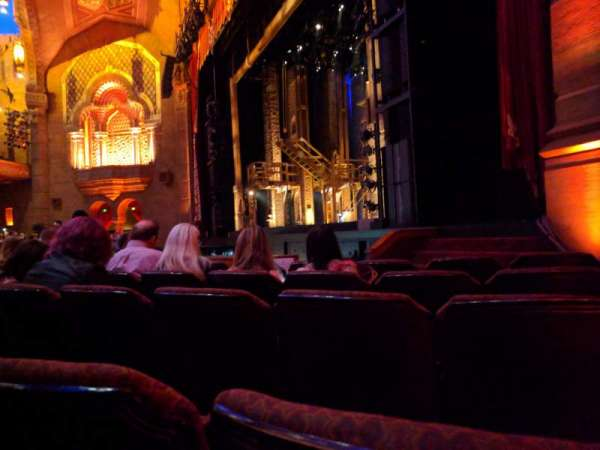 Fox Theatre (Atlanta), section: Orchestra R, row: F, seat: 16