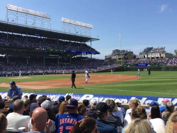 Wrigley Field, section: 35, row: 3, seat: 102