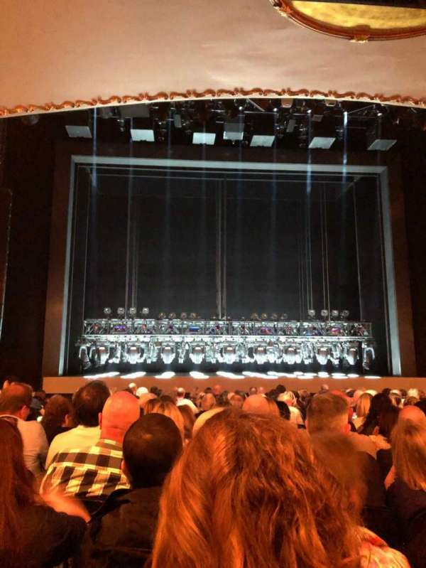 Lunt-Fontanne Theatre, section: Orchestra C, row: Q, seat: 104