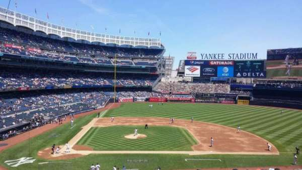 Yankee Stadium, section: 217, row: 14, seat: 1