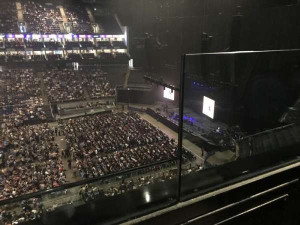 The O2 Arena, section: 420, row: 1, seat: 931