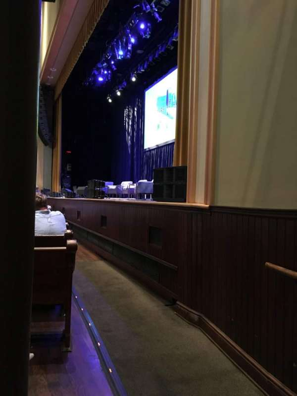 Ryman Auditorium, section: MF1, row: M, seat: 1
