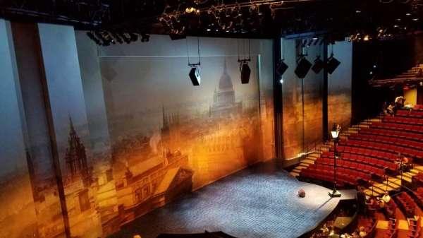 Vivian Beaumont Theater, section: LOGEO, row: C, seat: 107