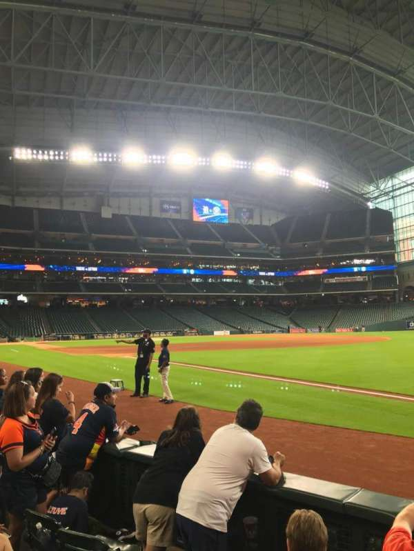 Minute Maid Park, section: 131, row: 4, seat: 9