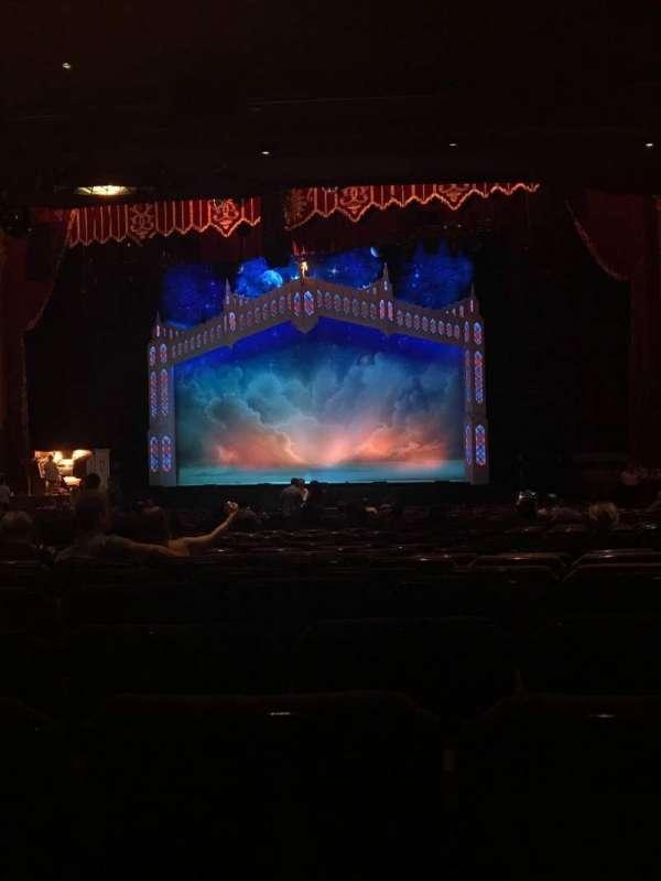 Fox Theatre (Atlanta), section: Orchestra RC, row: DD, seat: 72