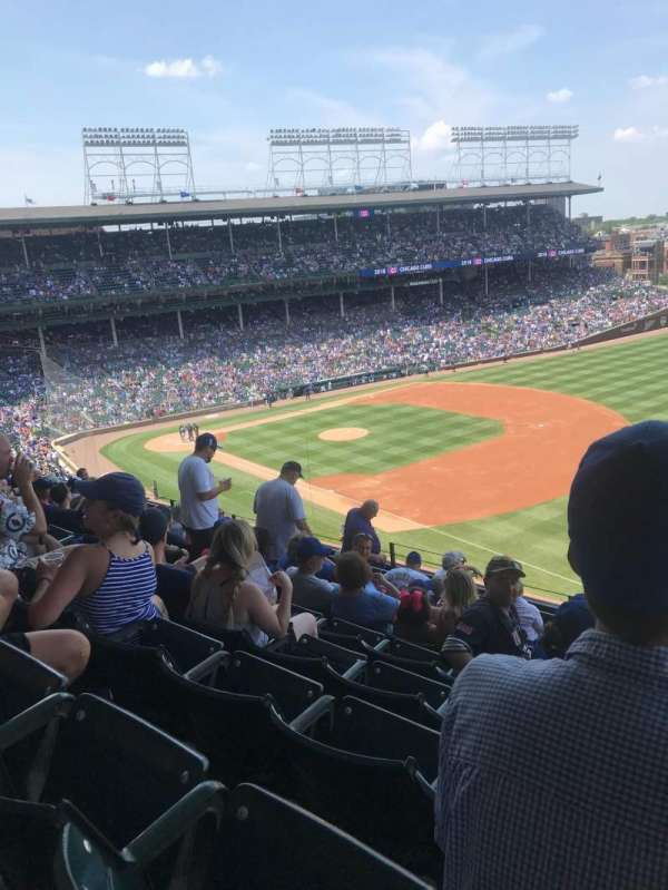 Wrigley Field, section: 329R, row: 10, seat: 11