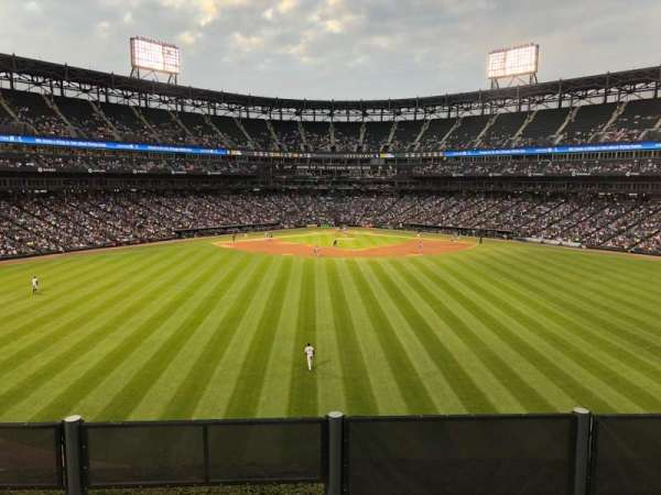 Guaranteed Rate Field, section: FD, row: 1, seat: 8