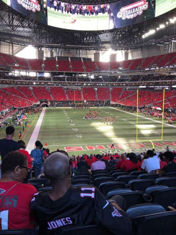 Mercedes-Benz Stadium, section: 102, row: 38, seat: 22