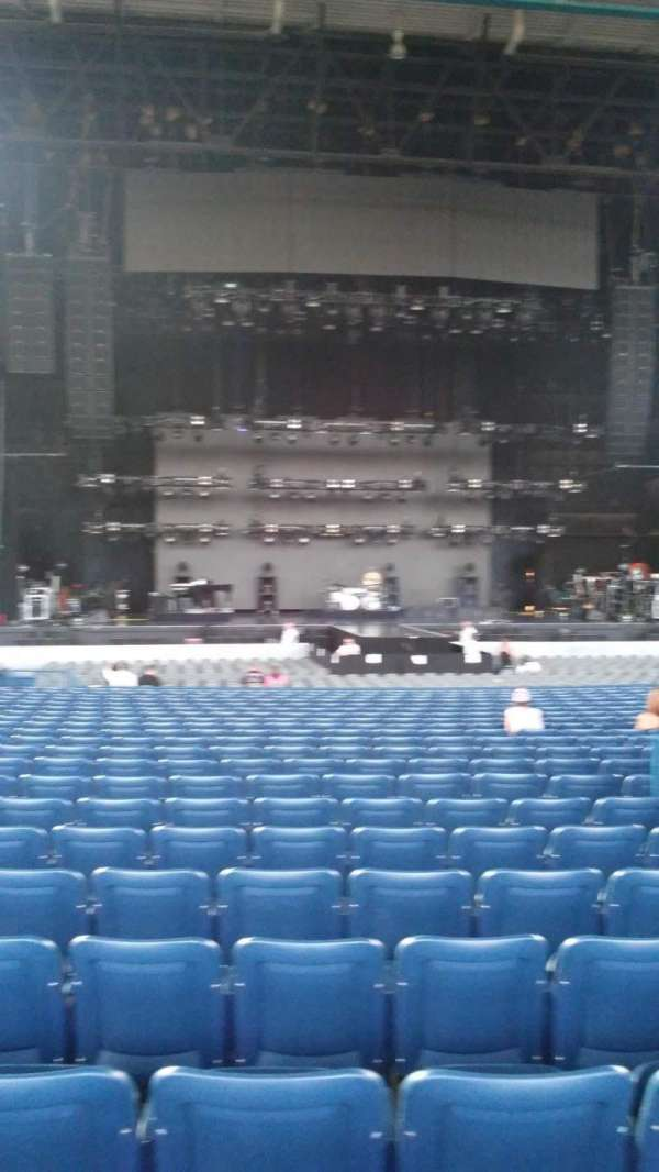 Veterans United Home Loans Amphitheater, section: 102, row: X, seat: 35