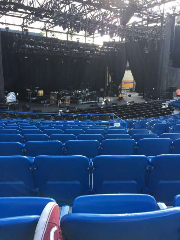 Pacific Amphitheatre, section: 3, row: M, seat: 7