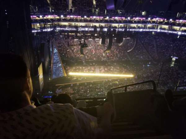 Golden 1 Center, section: 220, row: H, seat: 1