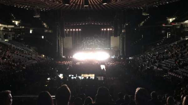 Oracle Arena, section: 107, row: 14, seat: 14
